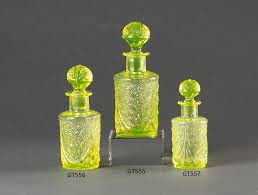 uranium glass toilet set