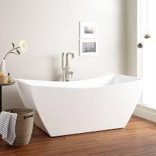 chip in acrylic bathtub acrylic bathtub how to remove stains from acrylic bathtub