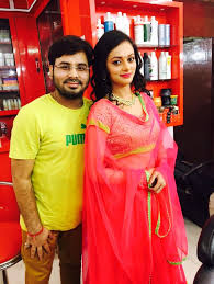 nitin mishra has done makeup of many celebrities such as shilpa shinde bollywood actress and bigboss11 winner harsh chhaya indian television and