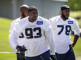 Seahawks Thursday early practice notes: LB Montese Overton waived ...