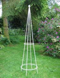 Pyramid Supports For Climbing Plants  Strong Metal  Iron Pyramid Climbing Plant Support