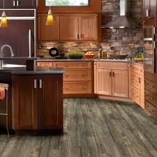 contact aisenberg floors