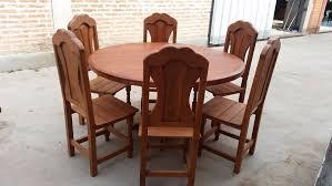 mesa redonda de algarrobo x 1.40 + 6 sillas. Cargando zoom.