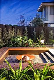 Best 25+ Modern outdoor living ideas on Pinterest | Modern roof design,  Modern outdoor kitchen and Terrace garden