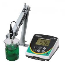 Ph Meter Calibration Oakton Ph 700 Benchtop Ph Meter And Electrode Holder With Calibration