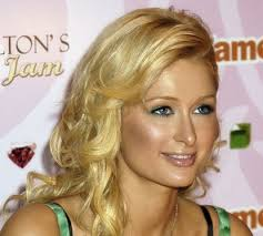 photo: Creative Commons / * Paris_Hilton_3.jpg: Photo by Glenn Francis Glenn Francis * derivative work: Richardprins (talk). English: Paris Hilton promoting ... - 7cd70b895028c82dbfe965590766-grande