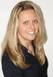 <b>Daniela Lachner</b> und Stefanie Schwab-Fiedler neu bei Axis - Daniela_Lachner_axis.JPG-6d615946e0406714
