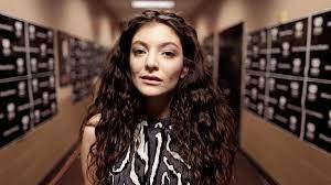 Lorde: Neue Musik? Sängerin erregt ...