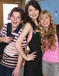nathan kress and miranda cosgrove 2016. icarly - nathan kress as freddy, miranda cosgrove carly and jennette mccurdy samphoto by: teri doyle/nickelodeon 2016