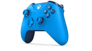 The controller maintains the overall layout found in the xbox 360's controller, but with various tweaks to its design, such as a slightly revised shape, redesigned analog sticks, shoulder buttons, and triggers. Xbox Wireless Controller Blue Xbox