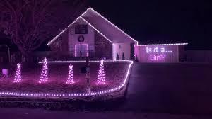 Christmas Lights In Oklahoma Oklahoma Couple Uses Christmas Lights Display For Gender Reveal