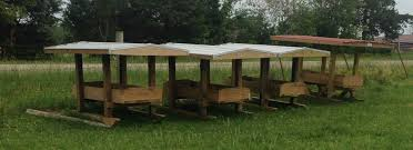 covered feed troughs