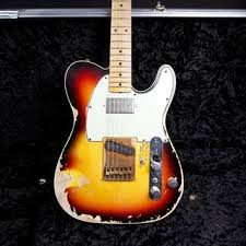 andy summers sound andy summers was just out of college in southern california in the early 1970s when one of his guitar students offered to sell him a beat up 1961 fe