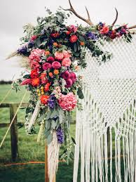 bohemian style wedding arch diy