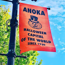 Anoka Light Up The Night Parade 2017 What Makes This Minnesota Town The Halloween Capital Of The