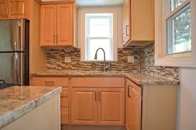 Natural Maple Kitchen Cabinets Granite