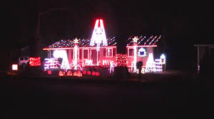 Crimson Tide Christmas Lights 2016 Alabama Crimson Tide Fight Song Yea Alabama Decatur Al Lights On Harrison Street