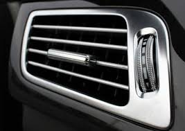 car air conditioning vent. adjust car ac vent to blow air on you conditioning r