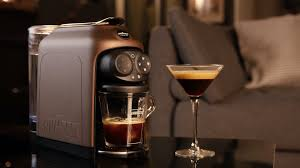 Nescafe e is a coffee making machine which can brew/make coffee instantly. Best Pod Coffee Machine 2021 Capsule Machines Mean Great Taste With No Messing About T3