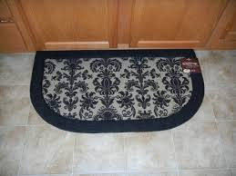Memory Foam Kitchen Floor Mat Get Romantic In The Kitchen With Mohawk Flooring Plus Win It