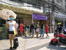 ▷ COVID-19 in Thailand - Hilfe für Frauen aus den Bars von Pattaya