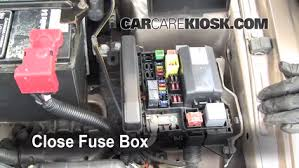 replace a fuse 1999 2003 mitsubishi galant 2002 mitsubishi 6 replace cover secure the cover and test component