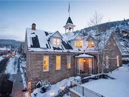 the-best-weekend-getaways-you-can-take-in-america-this-winter.jpg