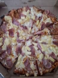 round table pizza hawaiian in hawaii