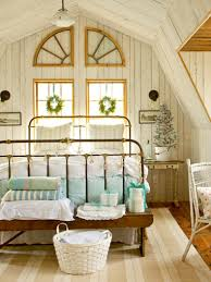 Small Country Bedroom Small Country Home Decorating Ideas Cozy Living Room Decorating