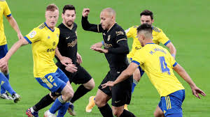 Ergebnis Cádiz - Barcelona (2-1) 12. Spieltag La Liga 2020/2021 5/12