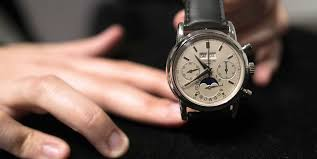 thẩm định đồng hồ