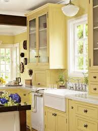 yellow country kitchens. Exellent Country Yellow Country Kitchen For Country Kitchens I