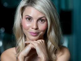 I spent a lot of time struggling with the way I look', reveals Abby Earl |  Herald Sun