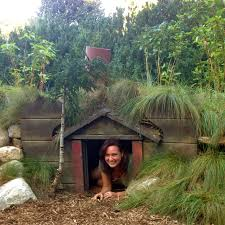 Awesome Diy Hobbit House 77 In Apartment Interior Designing With