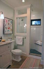 Small Full Bathroom Designs