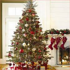 white-christmas-tree-red-gold-decorations.jpg (482