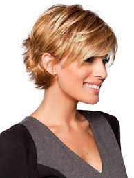 short hairstyles for fine hair oval face a slightly angled bob with soft side bang is