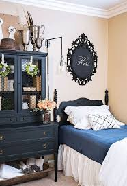 A Craigslist Furniture Bedroom Makeover