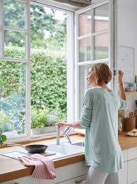 <b>Кухонный смеситель</b> перед окном | <b>BLANCO</b>