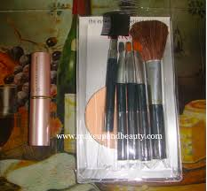 of makeup lakme brush kit