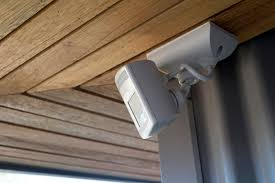 Best Garage Lights For Cold Weather Best Motion Detector Lights Of 2020 Safewise