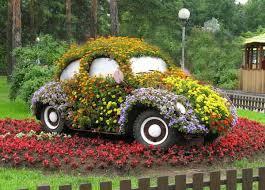 cheap garden decor. Inspirational Ideas How To Recycle Old Trash Into Beautiful Cheap Modern Home · Garden Decorating Decor