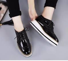 eofk brand women platform shoes woman brogue patent leather flats lace up creepers female flat oxford