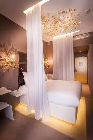 Legend Serenity Room, Legend Hotel