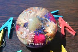 Подарок на память - шар <b>Клевер</b> и Астры 8 см, сфера <b>пресс папье</b>