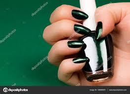 Tmavě Zelený Nehty Stock Fotografie Gyurma 146369575