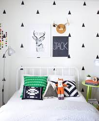 diy chalkboard names for kid s rooms via apartment therapy
