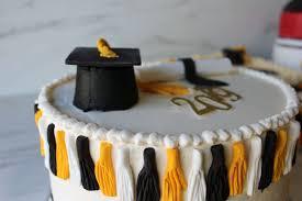 Graduation Cakes Metrotainment Bakery