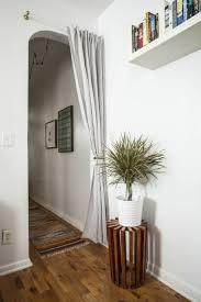Diy Decorating Ideas For Apartments best 25 apartment door ideas college apartment 6470 by uwakikaiketsu.us