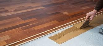 Laying Engineered Wood Floor 436703